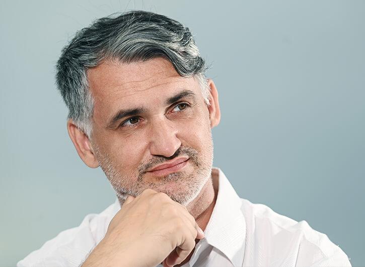 O meni - Milan Krajnc